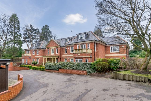2 bed flat to rent in Wilbury Lodge, Dry Arch Road, Sunningdale, Berkshire SL5