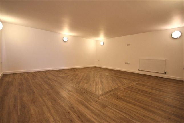 Thumbnail Flat to rent in Havant Road, Portsmouth, Hampshire