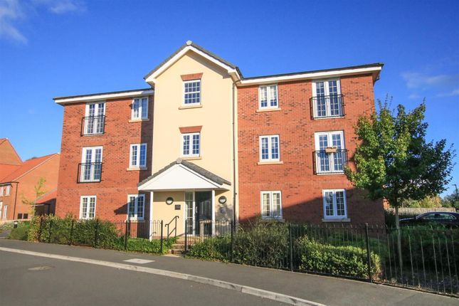 Thumbnail Flat for sale in Buttermere Crescent, Lakeside, Doncaster