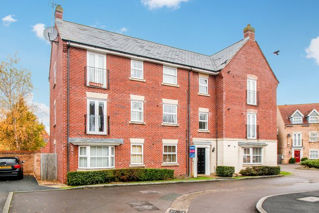 Thumbnail Flat for sale in Stackpole Crescent, Swindon, Wiltshire