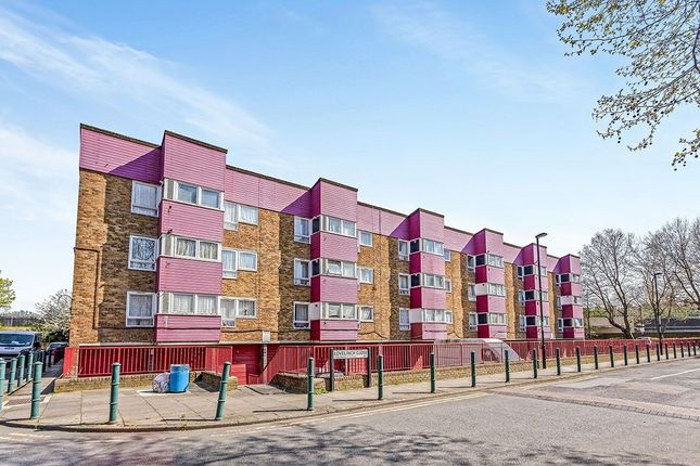 Thumbnail Flat for sale in Lovelinch Close, London