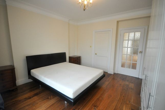 Thumbnail Flat to rent in Onslow Square, London