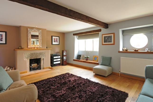 Thumbnail Cottage to rent in Coombe House, Vicarage Street, Painswick, Stroud, Gloucestershire
