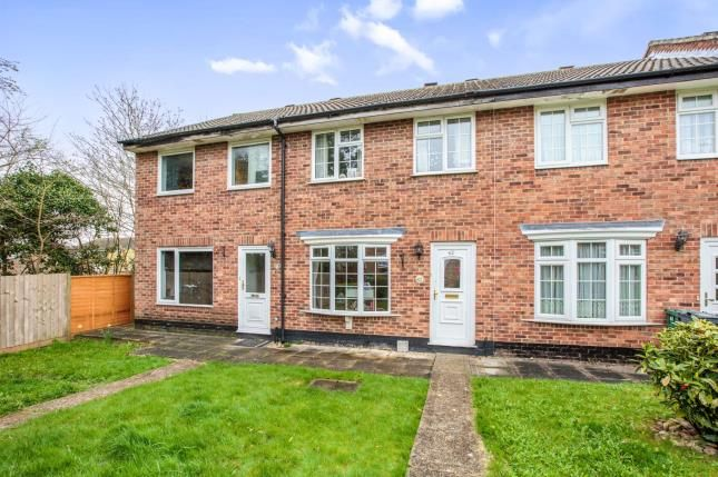 Thumbnail Terraced house for sale in Spencer Way, Redhill, Surrey