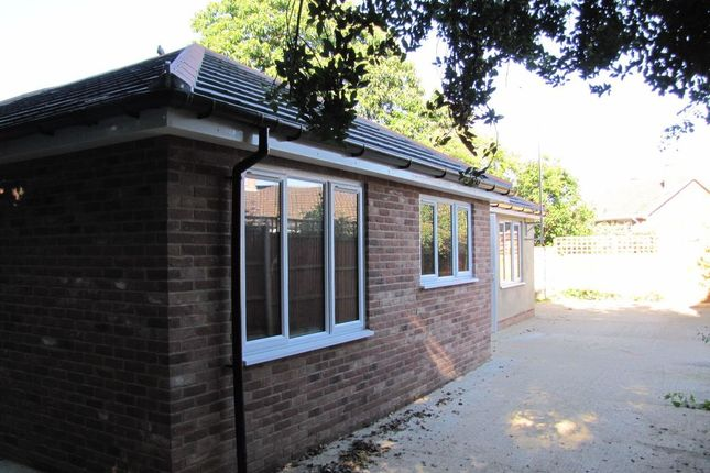 Thumbnail Property to rent in Shaftesbury Road, Canterbury