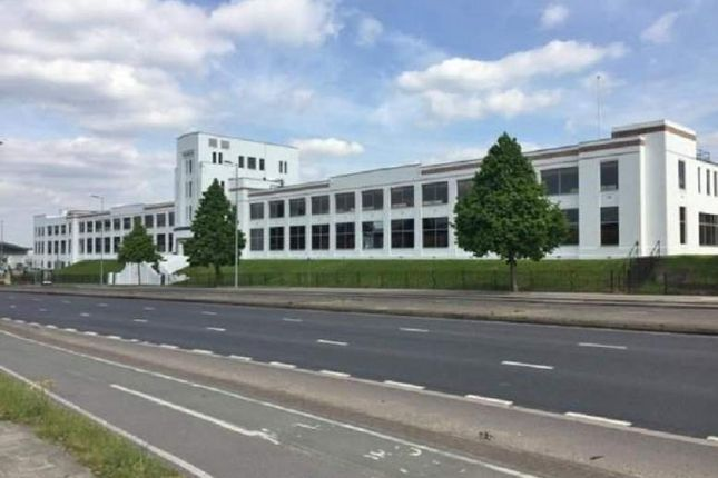 Thumbnail Office to let in Great West Road, Brentford