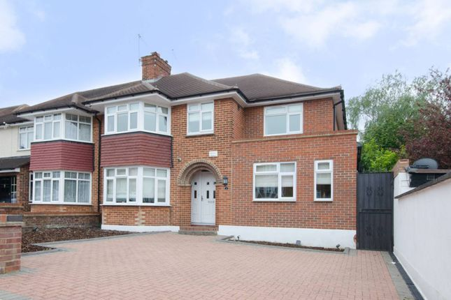 Thumbnail Property to rent in Beverley Gardens, Wembley