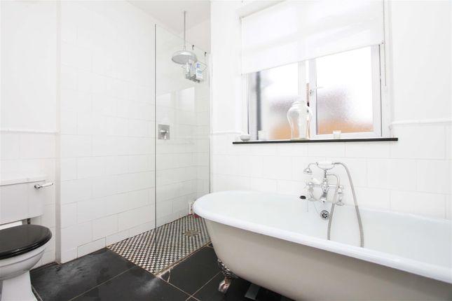 Bathroom of Fairfield Avenue, Ruislip HA4