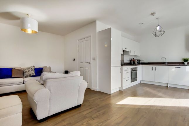 2 bed flat for sale in Grahame Park Way, London NW9