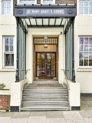 Picture No. 16 of Warwick Gardens, Kensington, London W14