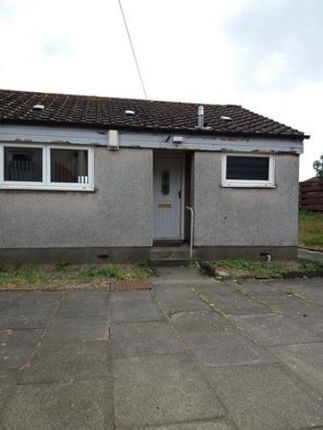 Thumbnail Terraced bungalow to rent in Woodmill Place, Dunfermline