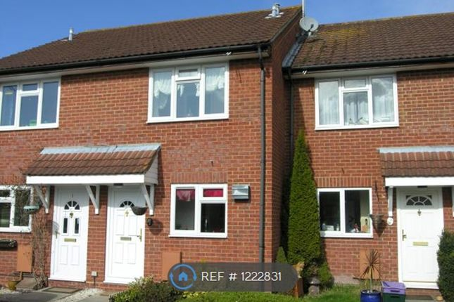 3 bed terraced house to rent in Moore Close, Ash / Tongham GU10