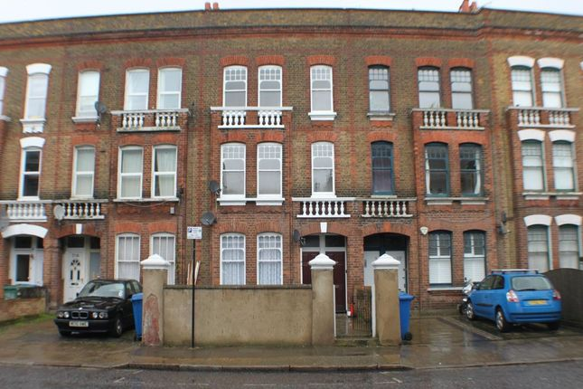 Thumbnail Flat for sale in Southampton Way, Camberwell, London