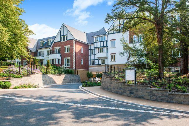 Thumbnail Flat to rent in Village Suite, Richmond Wood Norton, Evesham