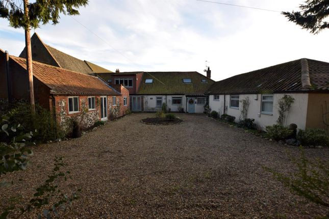 Thumbnail Property for sale in Gt. Hautbois Road, Coltishall, Norwich