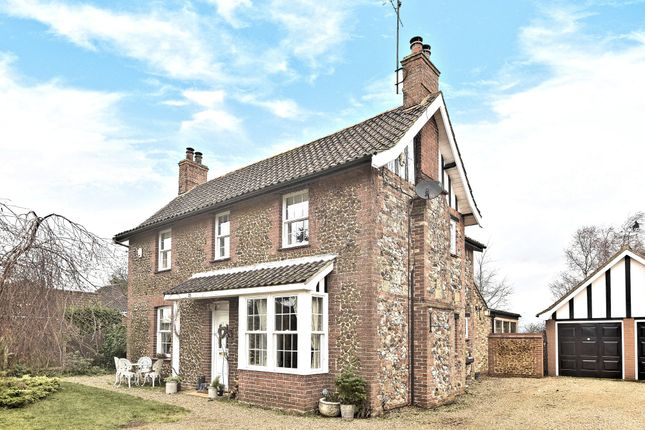 Thumbnail Cottage for sale in Vong Lane, Pott Row, King's Lynn