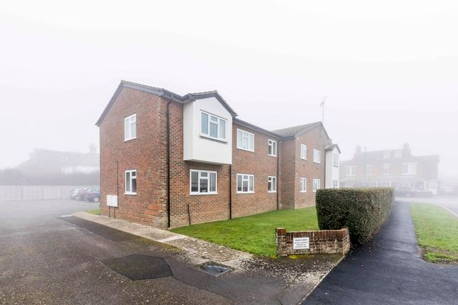 Thumbnail Flat for sale in Hillfield Road, Chichester, West Sussex