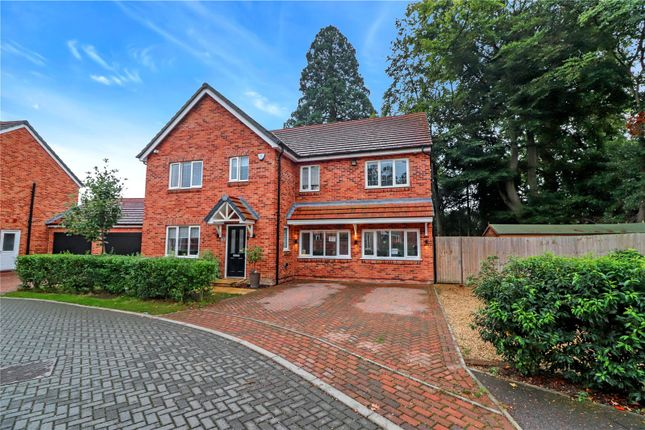 Thumbnail Detached house for sale in Rounton Close, Watford
