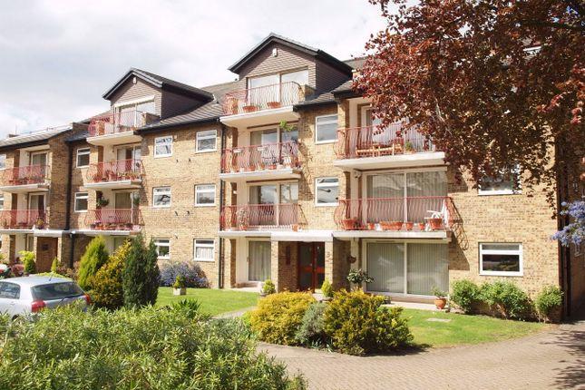 Thumbnail Flat to rent in Burrlands, 5 Overbury Avenue, Beckenham, Kent