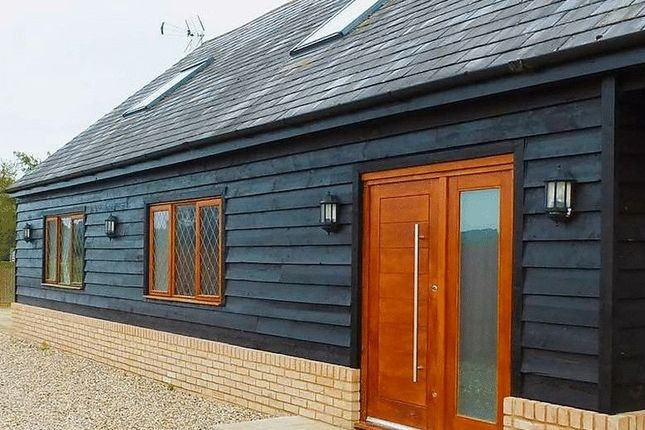 Thumbnail Detached house to rent in Thorn Road, Houghton Regis, Bedfordshire