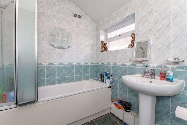 Bathroom of Manchester Road, Reading, Berkshire RG1