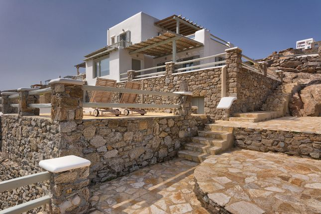 Ornos, Mykonos, Cyclade Islands, South Aegean, Greece