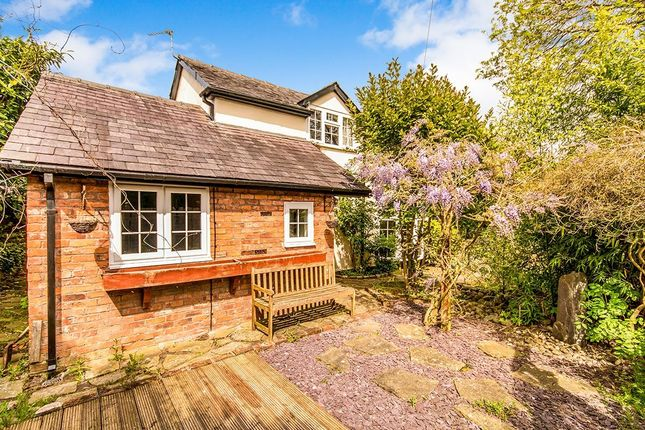 Thumbnail Detached house to rent in Cumber Close, Wilmslow