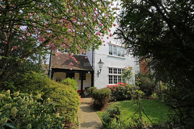 Thumbnail Detached house for sale in Bigwood Road, London