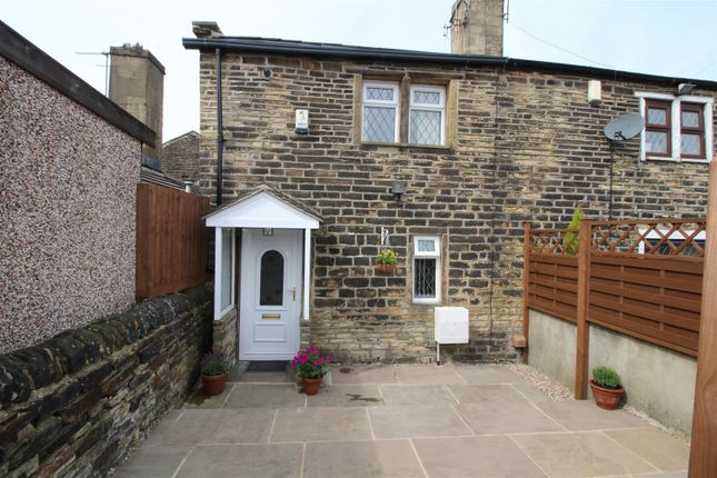 Thumbnail Cottage to rent in Sowden Buildings, Bradford