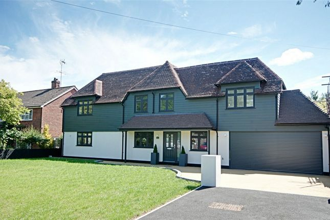 Thumbnail Detached house for sale in Pishiobury Drive, Sawbridgeworth, Hertfordshire