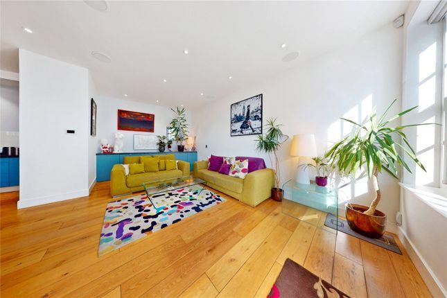 Thumbnail Mews house to rent in Railey Mews, Kentish Town, London