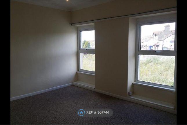 Thumbnail Flat to rent in Llanelli, Llanelli