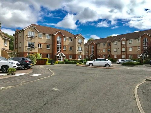 2 bed flat to rent in Imlach Place, Motherwell ML1