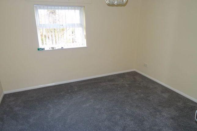 Bedroom 1 of Greenwood Close, Sidcup DA15
