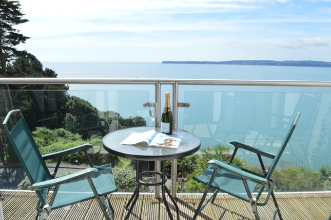 Thumbnail Flat for sale in Ilsham Marine Drive, Torquay
