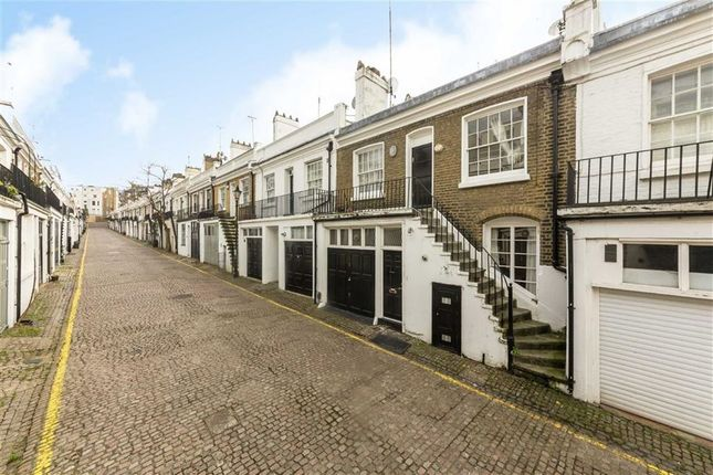 Thumbnail Property to rent in Holland Park Mews, London