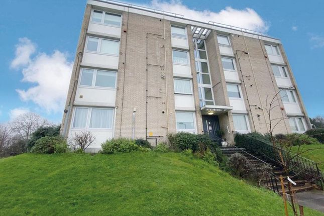2 bed flat for sale in Brenchley Gardens, London SE23