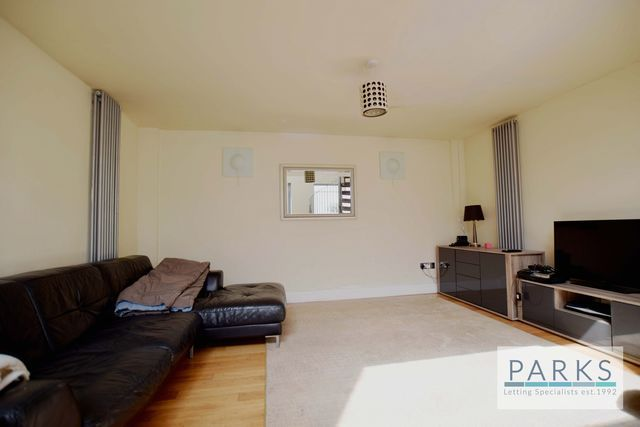 Thumbnail Property to rent in Holland Mews, Hove, East Sussex