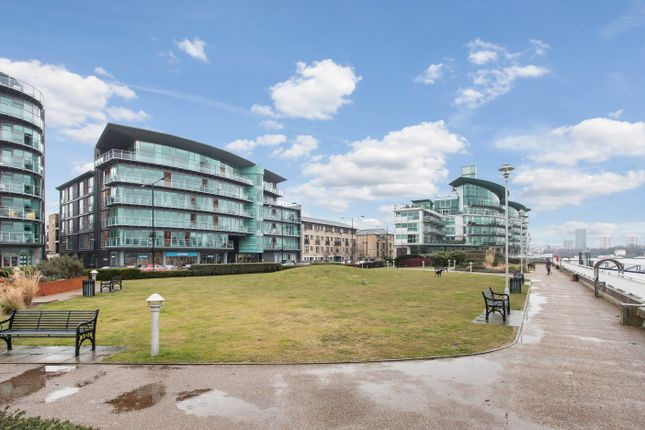 1 bed flat for sale in Wapping High Street, London