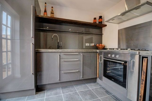 Thumbnail Flat for sale in Honiton Road, Southend-On-Sea