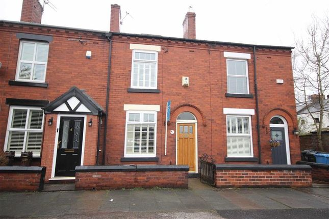 2 bed terraced house to rent in Starkie Street, Roe Green, Manchester