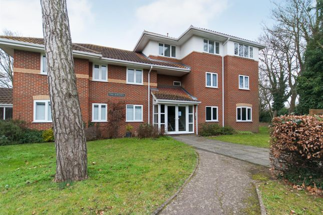 Thumbnail Flat for sale in Park Road, Birchington