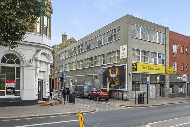 Thumbnail Commercial property for sale in 469 Bethnal Green Road, London