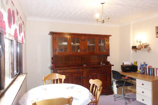 Dining Room of Elger Way, Copthorne, Crawley RH10