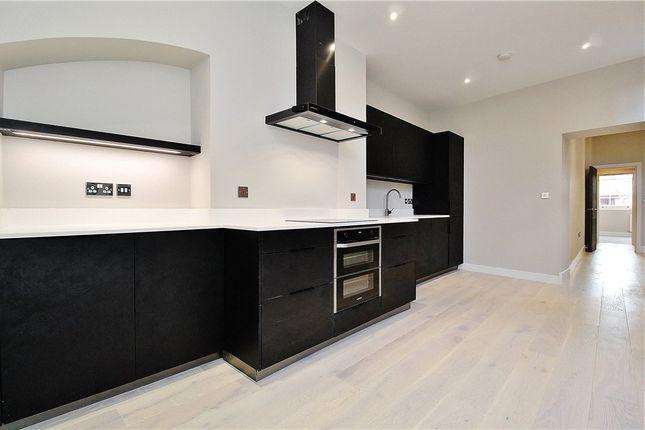 Thumbnail Flat for sale in Whitton Road, Twickenham