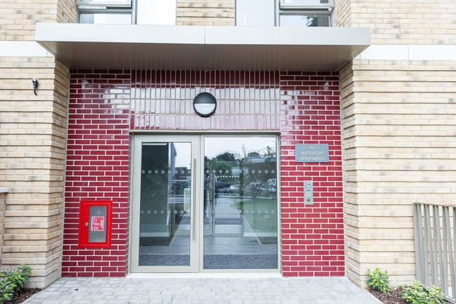 Thumbnail Flat to rent in Royal Engineers Way, Mill Hill East