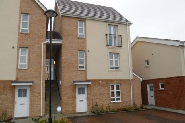 Thumbnail Flat to rent in Warren Court, Lincoln