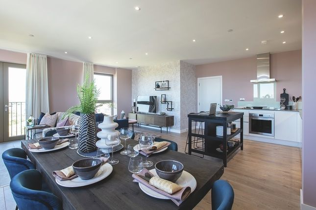 Thumbnail Flat for sale in 1A Atlantis Avenue, London