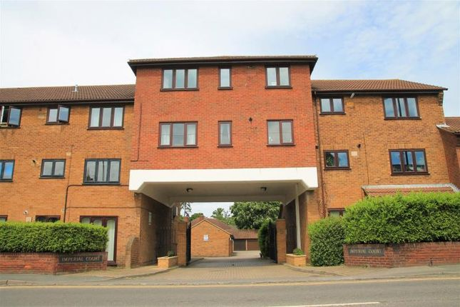 1 bed flat for sale in Imperial Road, Windsor