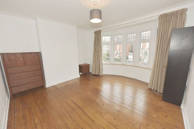 Thumbnail Property to rent in Herne Hill, London